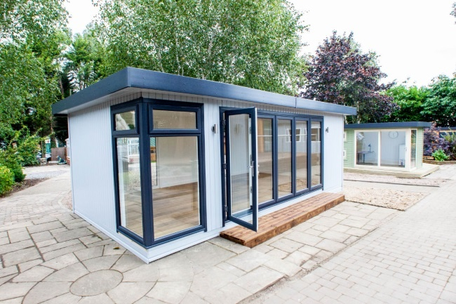 5 Bespoke & Pre-Packed Wooden Garden Buildings