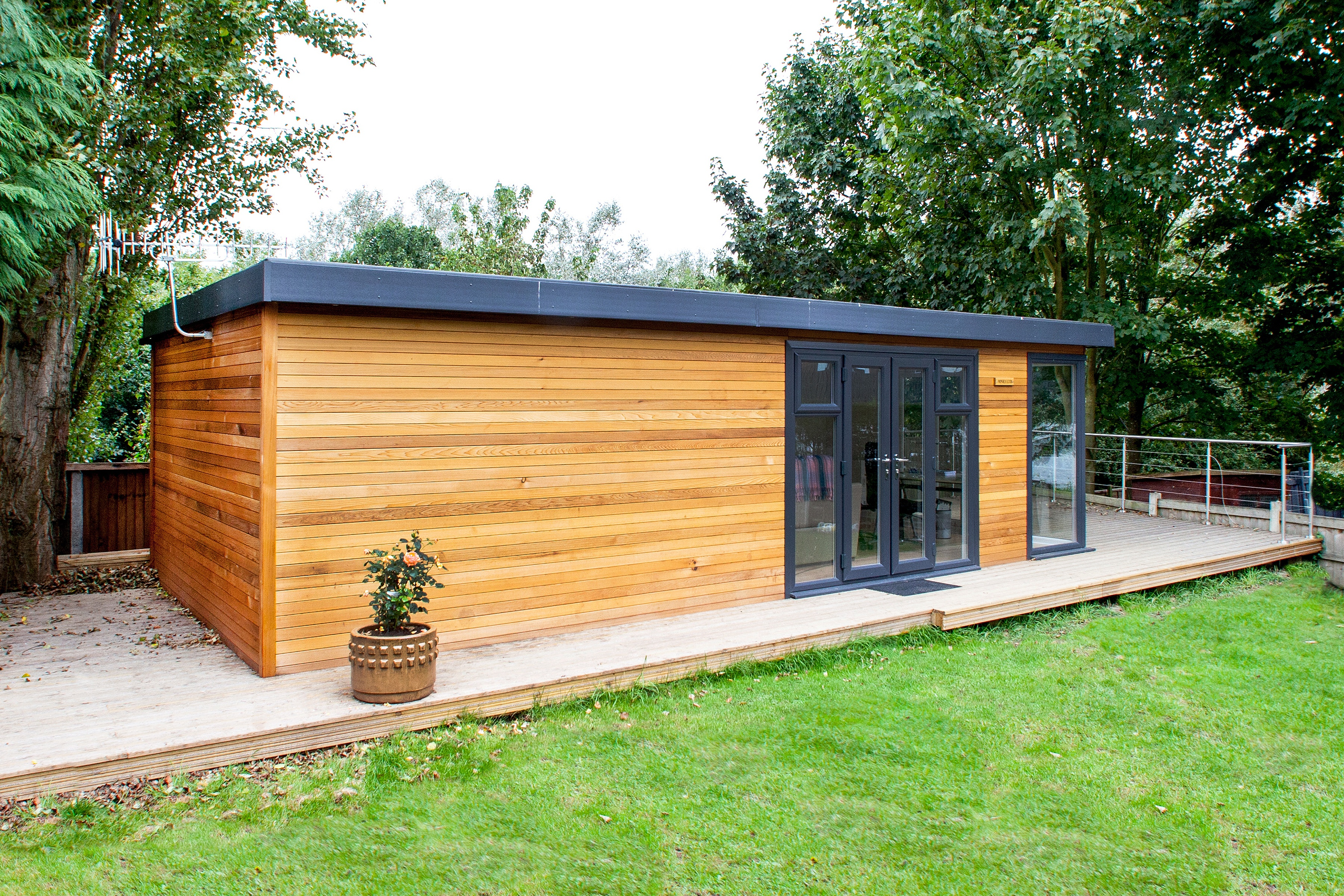 Planning A Garden Room For A Listed Property – Can I Still Have One?