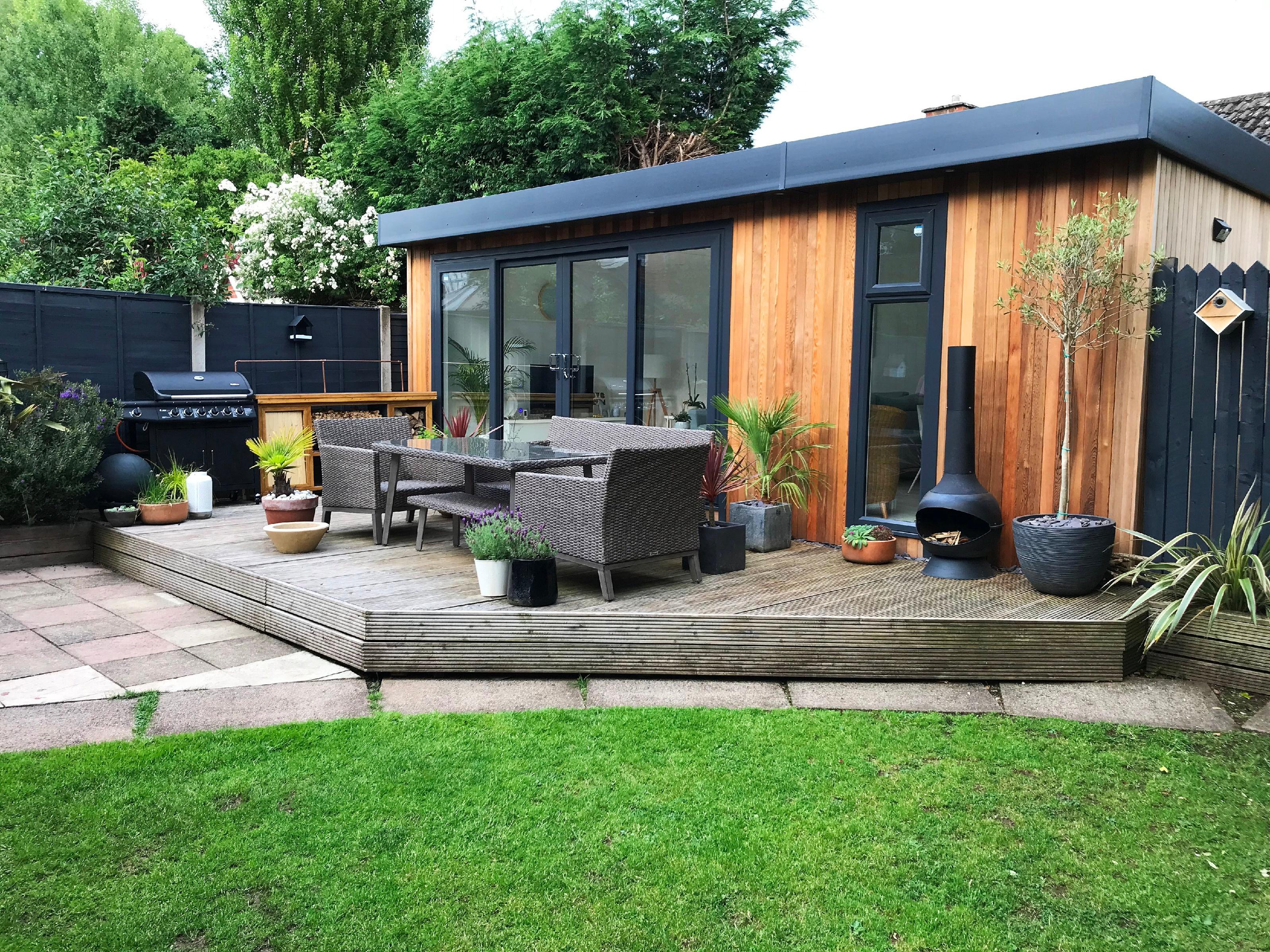 Contemporary garden rooms for family entertaining