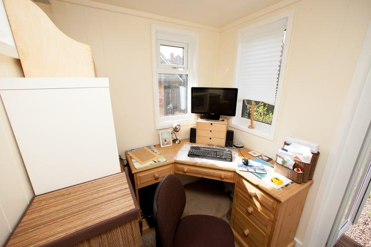 CM_Wring_Office_Redwood11.jpg