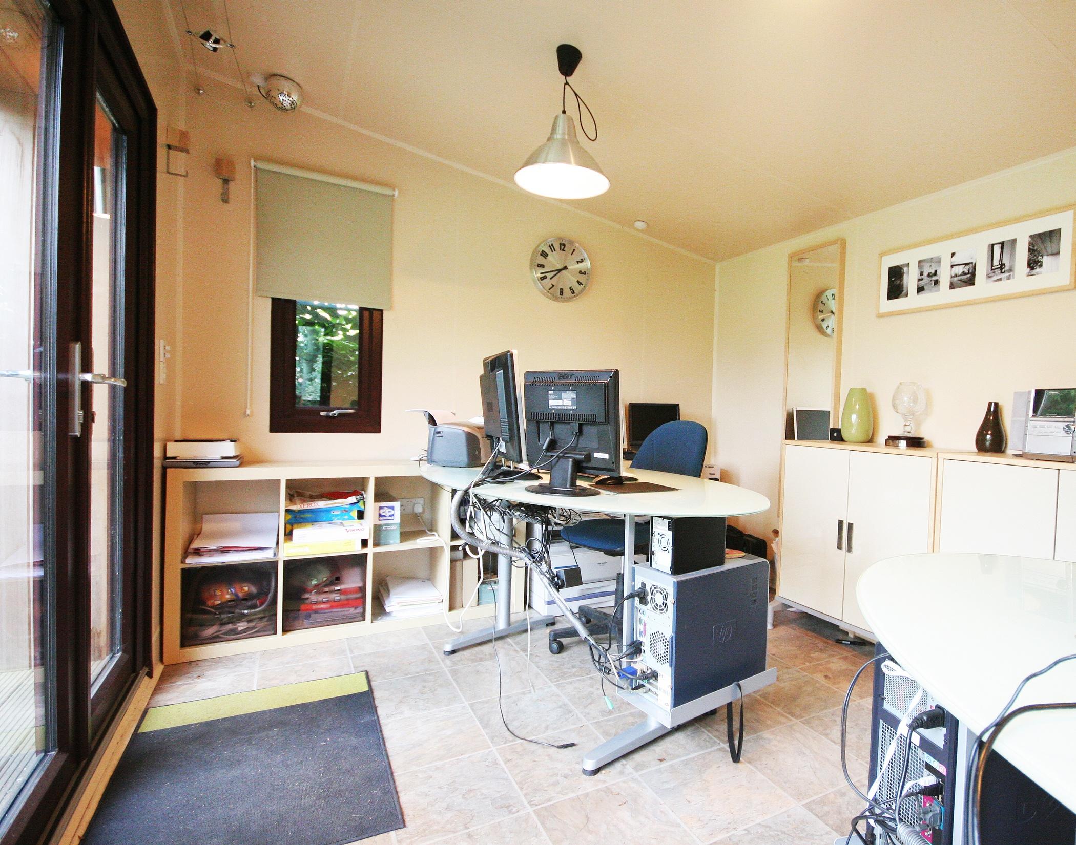 Wooden Garden Office Buildings - Cabin Master