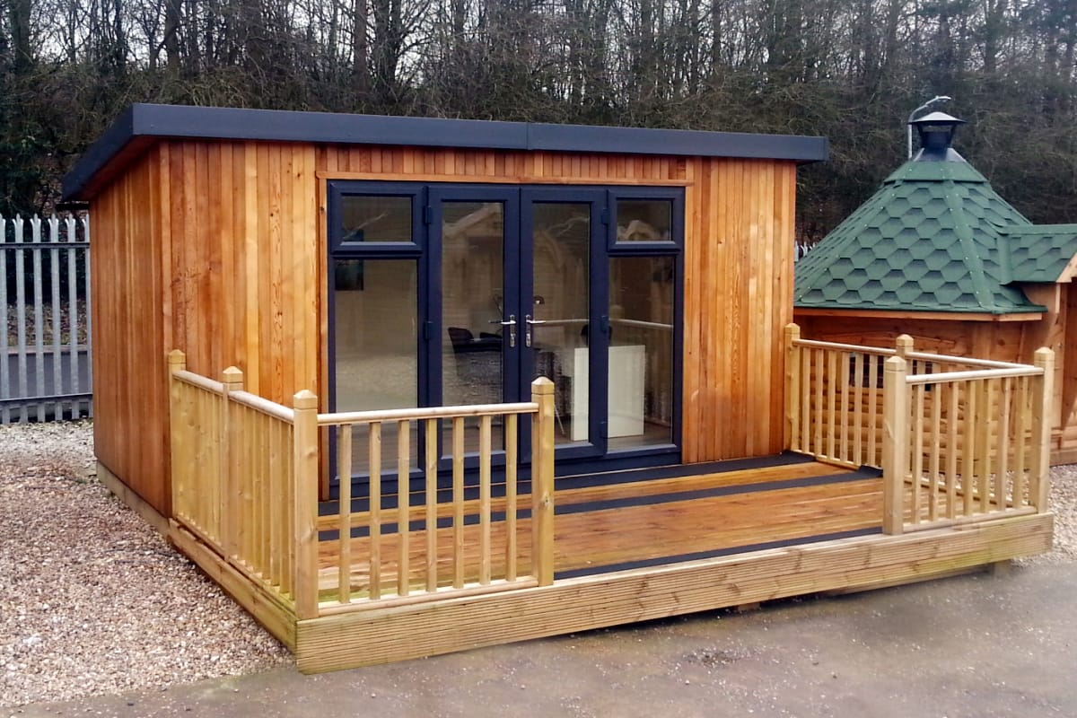 terrific insulated garden room | How To Choose Between An Insulated Garden Room Or A ...