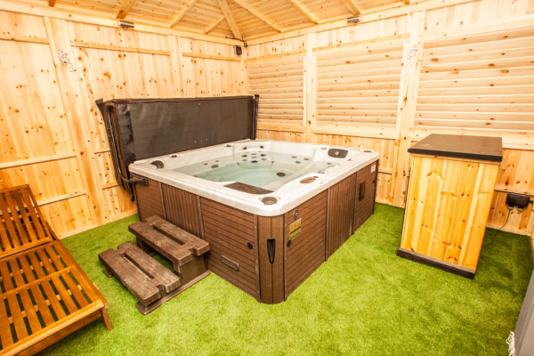 What Is The Cost Of A Garden Room For A Hot Tub.png